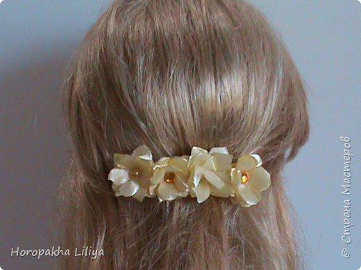 Гребешек-заколочка с цветами канзаши для девченок фото 3