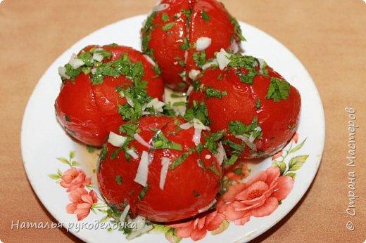 Добрый день, Страна Мастеров! На грядках поспели помидоры и пора уже их готовить.  Сегодня я решила сделать малосольные помидоры в пакете за одни сутки. Рецепт внизу. фото 20