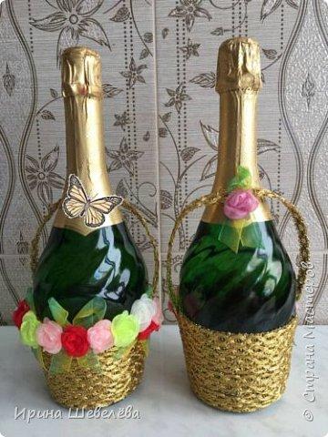 К концу учебного 2017 года появились две бутылочки-корзинки с цветами ко дню рождения коллегам. фото 4