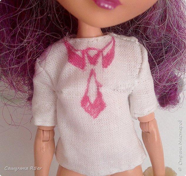 """Всем доброго времени суток! Надеюсь, ваше лето проходит отлично! Я вернулась после долгого отсутствия. Я почти не подавала признаков жизни на этом сайте. Но мне надоело ничего не делать, поэтому я взялась за своих кукол. Я надеюсь, что вы не думали, что я забросила своих кукол, мол: """"Выросла"""". Не, как бы не так! Я всё ещё люблю своих кукол, даже покупаю новых. Зимой ко мне приехал мальчик из ЭАХ - Алистер, в скором времени ждите с ним блог.  Если вам интересно, где я пропадала, то оставайтесь со мной. Да даже, если не интересно, всё равно оставайтесь. Фотографии нарядика для Медди посмотрите) фото 13"""