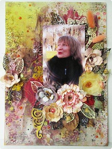 Добрый день! На день рождения подруги сделала холст в стиле микс медиа. Использовала краски, спреи, вырубку, цветы из бумаги, ткани, фоамирана. А так же засушенные листья и сухие бутоны розочек. фото 9