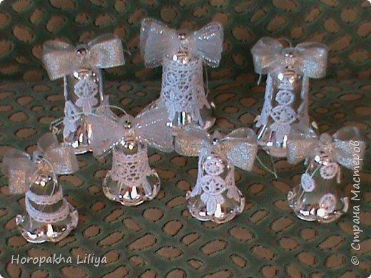 Новогодние колокольчики в стиле канзаши фото 1
