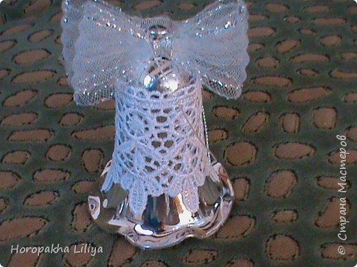 Новогодние колокольчики в стиле канзаши фото 3