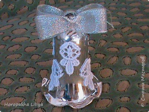 Новогодние колокольчики в стиле канзаши фото 4