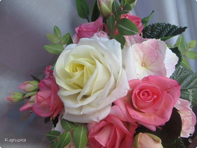 """Здравствуйте! Сегодня на Ваш суд представляю свою цветочную композицию из фоамирана.  В неё вошли: роза  """"Прауд"""" и зелень фисташки (по МК  А.Троицкой), гортензия, кустовые розочки (по собственным выкройкам) и зелень. фото 6"""