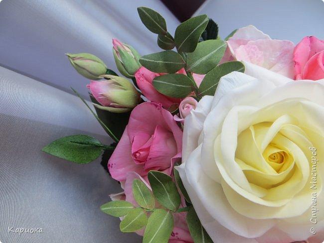 """Здравствуйте! Сегодня на Ваш суд представляю свою цветочную композицию из фоамирана.  В неё вошли: роза  """"Прауд"""" и зелень фисташки (по МК  А.Троицкой), гортензия, кустовые розочки (по собственным выкройкам) и зелень. фото 7"""