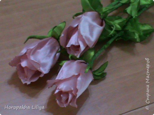 Розы к празднику влюбленных в стиле канзаши фото 1
