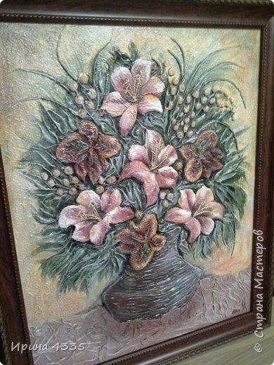 Лилии, объемная живопись на шпаклевке