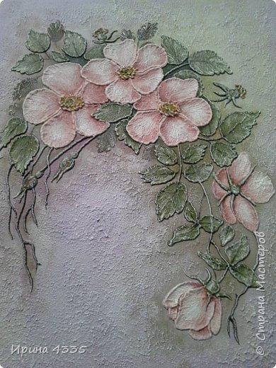 Шиповник, объемная живопись на шпаклевке