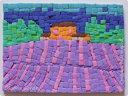 """А вот и мой 3 этап по АТС-игре, где надо было осилить мозаику. Да не просто мозаику, а в картинках с пейзажами. А это еще труднее. Давно в канцелярском магазине приобрела декоративную цветную пенку (очень похожа на фоамиран, только потолще), также ее называют еще мягким пластиком (такой тоже как-то покупала, ничем не отличается от пенки, один к одному). Теперь пригодился. Решила мозаику попробовать сделать из него. Нарезала на мелкие частички (хотела, чтобы были квадратные, но не получилось), и дальше... клеила каждый квадратик на ПВА-клей. На каждую карточку уходил целый день, вернее ночь. Днем никак не получалось за них садиться. В общем, окончательно поняла, что я не только """"садистка"""", но и """"мазохистка"""". Доделала лишь на силе воле. Трясущиеся руки и звезды в глазах... - незабываемые впечатления. Ха-ха. В общем, мозаика - это не мое. фото 9"""