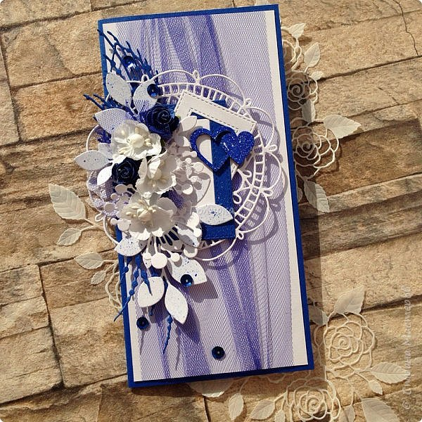 Серия пятая, заключительная:)  Последняя пара открыток из свадебных плановых:)  Синий и белый кардсток от Берега, фатин , вырубка и готовые цветы. фото 1