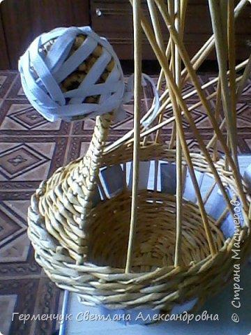 На страничке Ильиной Марины  увидела  Пасхальную курочку  И решила тоже сделать  на подарок .У меня получилось вот так . Некоторые элементы я  сделала по-своему  (, так как   только недавно  занимаюсь плетением и многого пока, к сожалению ,не знаю и не умею) фото 12