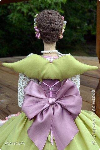 Текстильная кукла Анника, выполнена из льняных и хлопчатобумажных тканей. Отделка - ручная вышивка лентами и бисером. Рост 70 см. Одежда частично снимается. фото 4