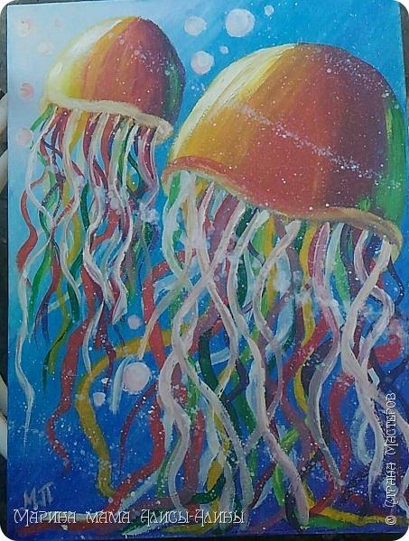 Нарисовала вот таких медуз)) фото 1