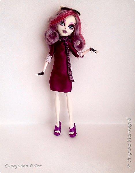 Привет-привет, Страна Мастеров! Надеюсь, что у вас хорошее настроение! Сегодня я хотела бы продемонстрировать обновочку для Катрин. Я сделала ей миниатюрное фиолетовое платье с кружевом и туфельки.  Если вам интересно, то оставайтесь со мной. фото 14