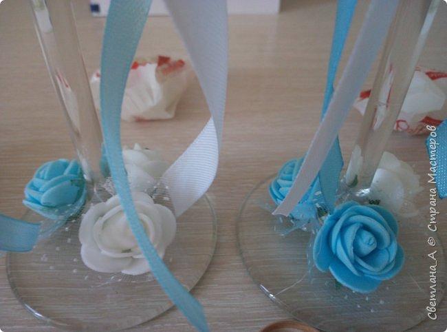Свадьба была в голубых тонах. Вот такой небольшой наборчик получился. Подушечка для колец. фото 8