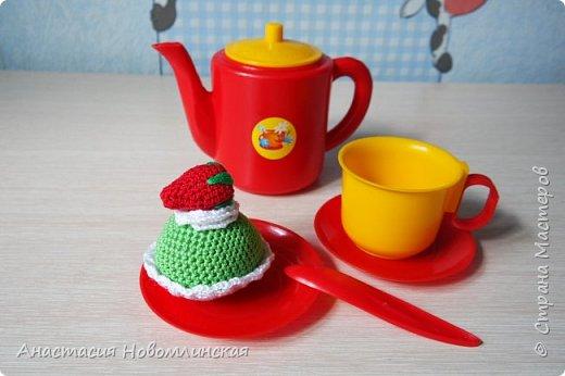 Вы любите чай с вкусняшками? А куклы ваших девчонок? Наши любят - вот теперь лакомятся.  фото 2