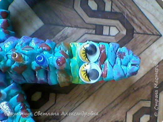 Такую красотку  ящерицу увидела на странице http://stranamasterov.ru/node/934100 мастерицы Пустельги.  Ящерка  мне очень понравилась . . И   Светлана Булгакова  так доступно объяснила и показала фото ,что я   решилась  попробовать .Выражаю большую благодарность   Светлане   за  МК ,которая помогает  всем , кто хочет научится плетению. фото 13