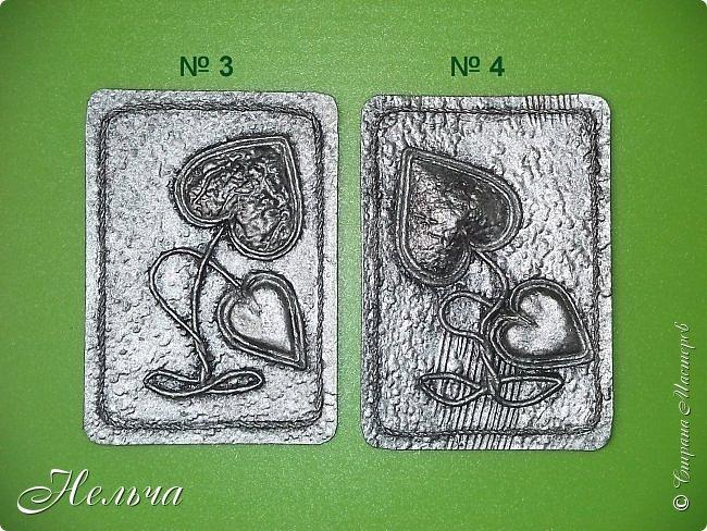 """Моя вторая серия """" Росток любви (серебро)"""". Основа картон + обои, сердечки из соленого теста и из картона + обои, стебли из салфеточных жгутиков, по контуру скрученная суровая нить.  Рождение Любви - большой секрет: Она тысячелетия вновь и вновь Нас убеждает в том, что смерти нет! Есть Жизнь, есть Бог, есть Вечная Любовь. (Татьяна Афанасьева1) фото 4"""