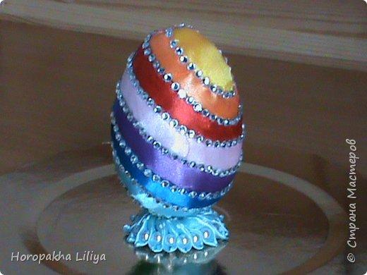Радужное пасхальное яйцо в стиле канзаши