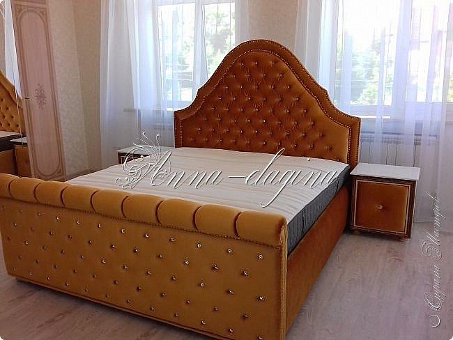 Всем привет! Давно меня здесь не было, почти год... Сегодня я с мастер-классом по изготовлению кровати с мягким изголовьем своими руками. Кровать у меня с основанием 1800х2000, для работы использовала лдсп 26 мм, поролон 10, 30, 60 мм, ткань бархатную, степлер мебельный, пуговицы мебельные, капроновые нити, клей, ну и самое главное-РУКИ! фото 2