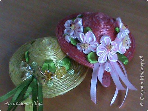 Соломенные шляпки на заколочках с цветами  канзаши для наших принцесс