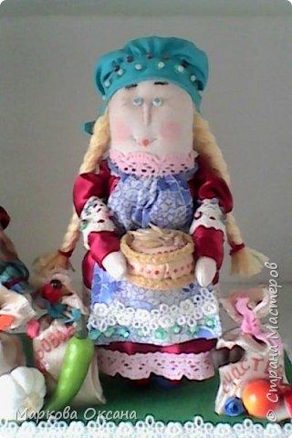 Добрый летний денек всем жителям страны!!! У сестры мужа 55 лет- юбилей! Я решила сшить Домового и Домовиху в подарок ,куклы на деревянной подставке. фото 8