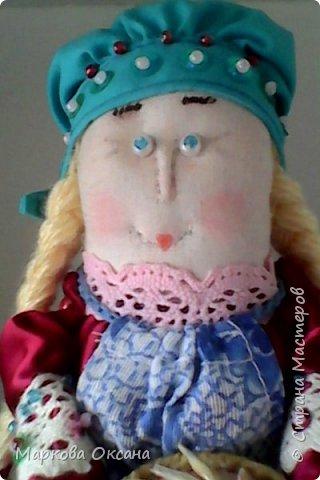 Добрый летний денек всем жителям страны!!! У сестры мужа 55 лет- юбилей! Я решила сшить Домового и Домовиху в подарок ,куклы на деревянной подставке. фото 5