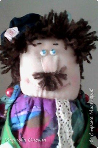 Добрый летний денек всем жителям страны!!! У сестры мужа 55 лет- юбилей! Я решила сшить Домового и Домовиху в подарок ,куклы на деревянной подставке. фото 4