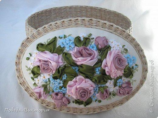 Всем работающим и отдыхающим большой привет!  Сегодня в моем посте две шкатулки - круглой и овальной формы. И розы, много роз, выполнены ленточками!  фото 3