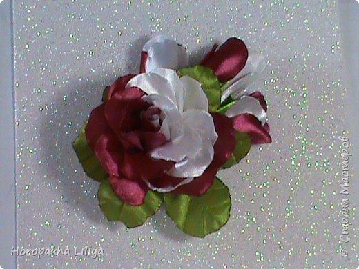 Двухцветная роза с бутонами на заколочке для наших принцесс