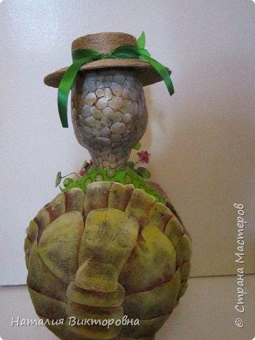 Всем здравствуйте! Давно не выставляла свои работы! Вот черепаха Матильда! Сразу слышу: какая она страшная,ну да не красавица! Люблю я характерных кукол,и к тому же гламурные красотки (не получаются) не моя стихия! Всем спасибо! Всех люблю! фото 4