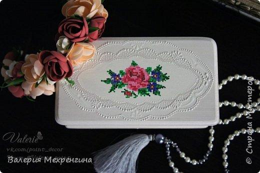 Шкатулка с имитацией вышивки фото 3