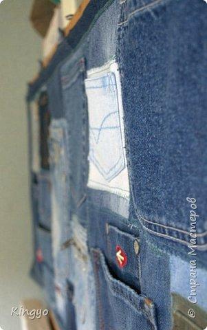 Много чего я за последнее время довела до ума, много долгостроев добила и давних фантазий воплотила. Начну с одной давней фантазии:) Это органайзер для инструментов из старых джинсов: фото 3