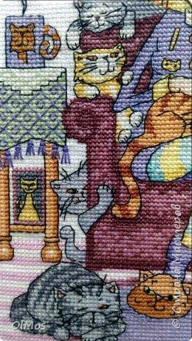 Одна из моих самых любимых работ. Вышивать этих милых котиков одно удовольствие. фото 4