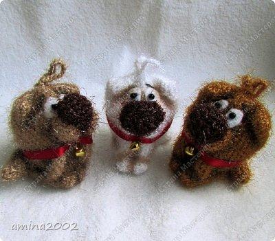 Добрый день! Вязанная сувенирная собачка высотой 7 см. фото 1