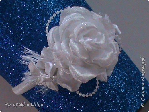 Праздничная композиция из цветов канзаши на обруче
