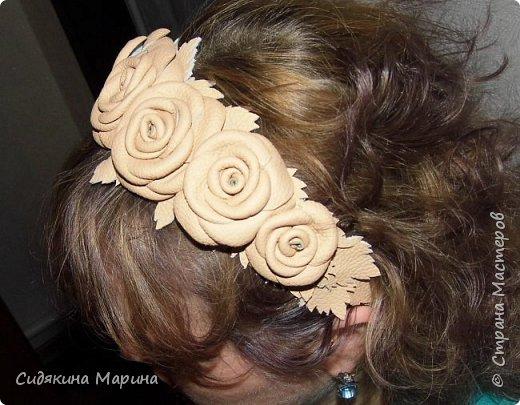 ободок из кожаных роз фото 2
