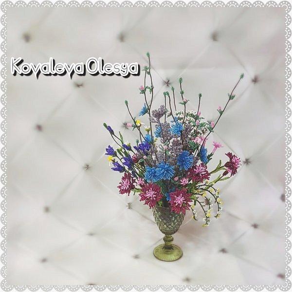Приветствую всех заглянувших! Хочу вам похвастаться свеже сплетенным букетом полевых цветов. В нём: травяная гвоздика, незабудка, василёк, колокольчик, цикорий, тысячелистник, полынь. ВОТ!)) Трудилась 2 недели... фото 6