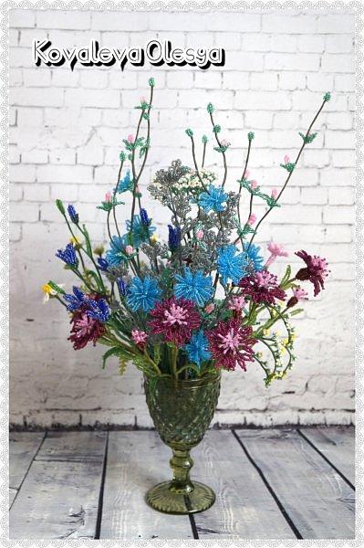 Приветствую всех заглянувших! Хочу вам похвастаться свеже сплетенным букетом полевых цветов. В нём: травяная гвоздика, незабудка, василёк, колокольчик, цикорий, тысячелистник, полынь. ВОТ!)) Трудилась 2 недели... фото 7