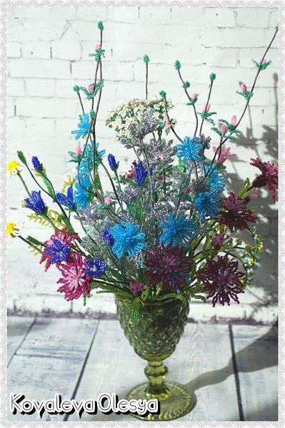 Приветствую всех заглянувших! Хочу вам похвастаться свеже сплетенным букетом полевых цветов. В нём: травяная гвоздика, незабудка, василёк, колокольчик, цикорий, тысячелистник, полынь. ВОТ!)) Трудилась 2 недели... фото 8