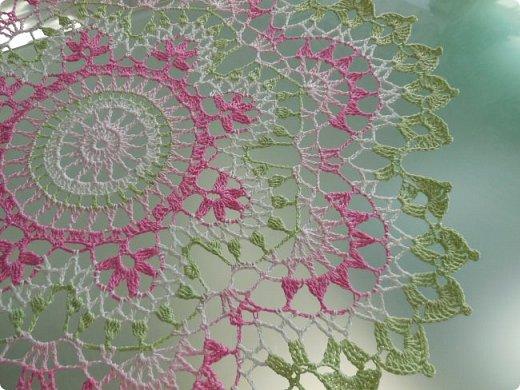 Лето... вяжутся цветы и бабочки. На этот раз связался нежный букет ранункулюсов. Легкий цветочный аромат и нежные пастельные цвета.... фото 5