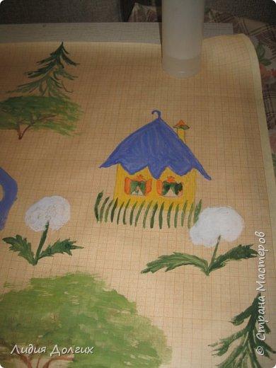 Попросили организовать игру по произведениям Н.Н.Носова. Ребята в группе неделю читали его произведения, и надо было в игровой форме закрепить знания. Невестка придумала игру, я, как могла, нарисовала волшебную карту, старшую сестру нарядили Незнайкой, засунули ему в рюкзак волшебный клубок и карту и отправились в сад. фото 4