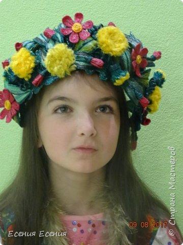 """Здравствуйте, жители Страны Мастеров!!! """"Я так хочу, чтобы лето не кончалось..."""", а август уже вовсю шагает!  Венок- ободок """" Полевые цветы"""". Сделала для участия в выставке. Модель- моя младшая дочечка. Ободок ей , конечно, велик, но задумка , я думаю, понятна. фото 3"""