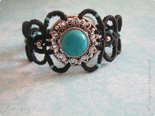Всем привет.Показываю вам мой браслет с бирюзой,выполненный в технике микромакраме. фото 3
