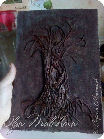 Всем привет! представляю свою новую работу, денежное дерево.Хочу подарить ее на свадьбу.  Немного расскажу , как делала.В основе ствола дерева -салфетки 3х и 2х слойные,и нитки шпагат.и клей ПВА. фото 6