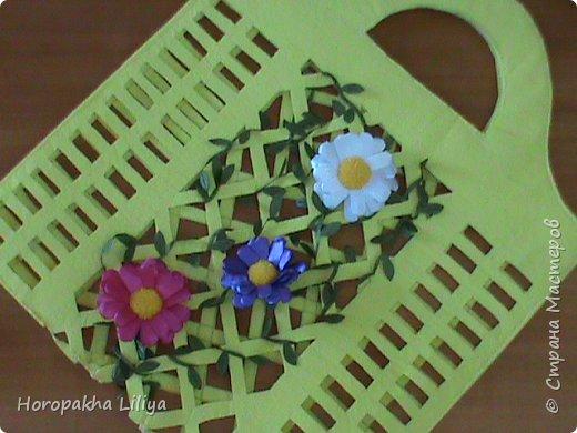 Ажурная сумочка с цветами канзаши для маленьких принцесс