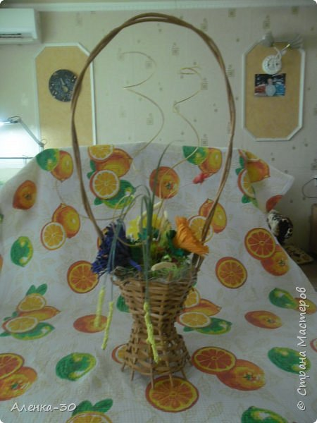 Сделала букет на городской конкурс в детский сад. В прошлом году мы этот конкурс выиграли с Хрюшкой из Ну погоди.)))) фото 2