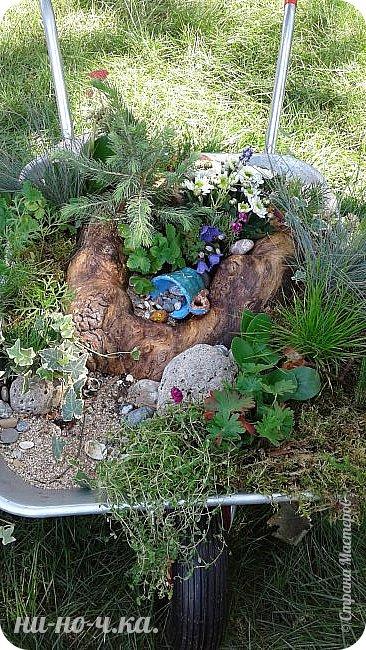 """Всем добрый день!!!  Сегодня я вам предлагаю прогуляться по ВВЦ. Я была на выставке """" Сады и люди"""". Он находится около павильона №75. Территория не очень большая, но очень много красиво созданных уголков... В корзине маленькие поросята, или кабанята))) фото 47"""