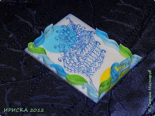 Привет всем гостям моей странички!!! Несколько серий АТС лежат и ждут вдохновения, а эта серия родилась спонтанно. Увидела в магазине открытку с заборчиком и цветами, конечно, там все было из бумаги, а мне захотелось сделать деревянный забор и ярких цветов. Первыми к выбору приглашаю Элайджу и Олечку -  p_olya71, надеюсь что-то понравится :))) фото 21